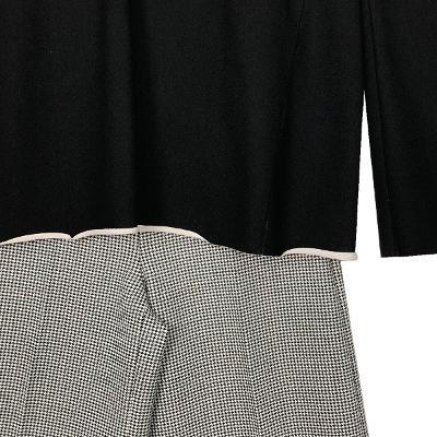trumpet sleeve t-shirt & classic check slacks